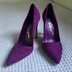 Alice + Olivia Purple Suede Heels, sz 38